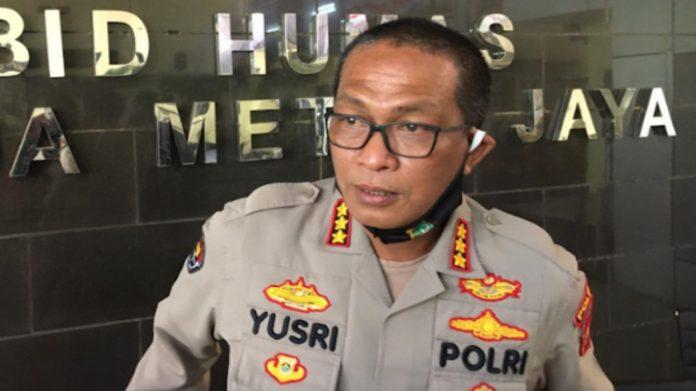 Kabid Humas Polda Metro Jaya Kombes Pol Yusri Yunus berikan keterangan kepada wartawan di Polda Metro Jaya